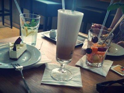 Cafe Momenta